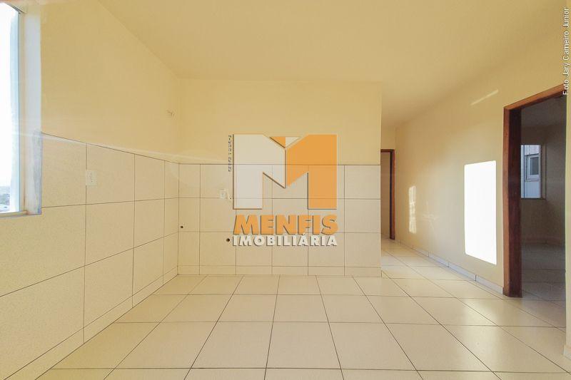 Apartamento para alugar  com  3 quartos 97.75 m²  no bairro CORAL em LAGES/SC