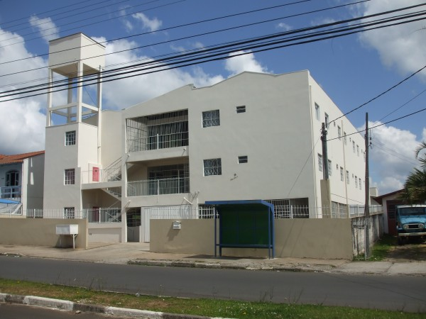 Quitinete para alugar  com  1 quarto no bairro UNIVERSITÁRIO em LAGES/SC