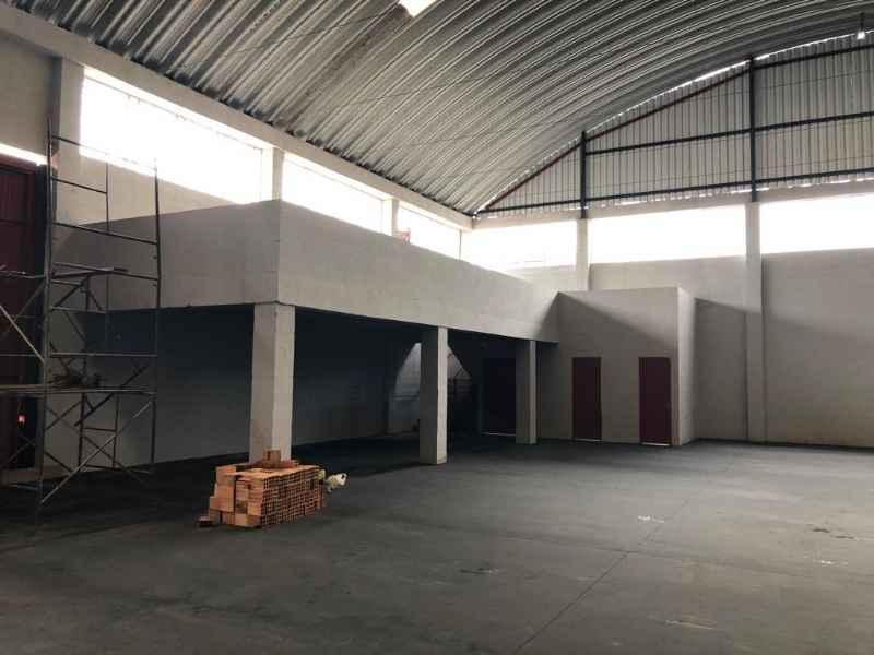 PAVILHAO para alugar  com  1100 m²  no bairro DISTRITO INDUSTRIAL em GRAVATAI/RS