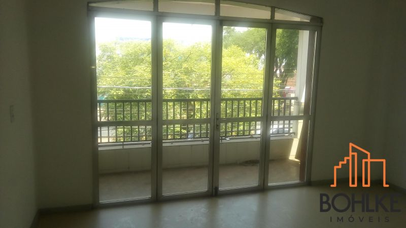 LOJA para alugar  com  250 m²  no bairro VILA SANTO ANGELO em CACHOEIRINHA/RS