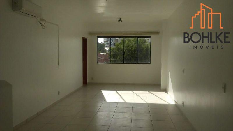 SALA para alugar  com  35 m²  no bairro VILA SANTO ANGELO em CACHOEIRINHA/RS