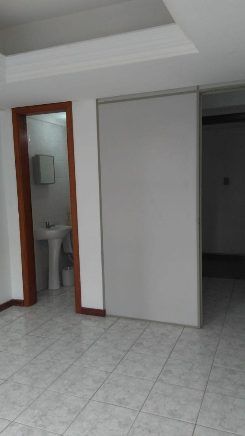 Apto no bairro PASSO D AREIA em PORTO ALEGRE