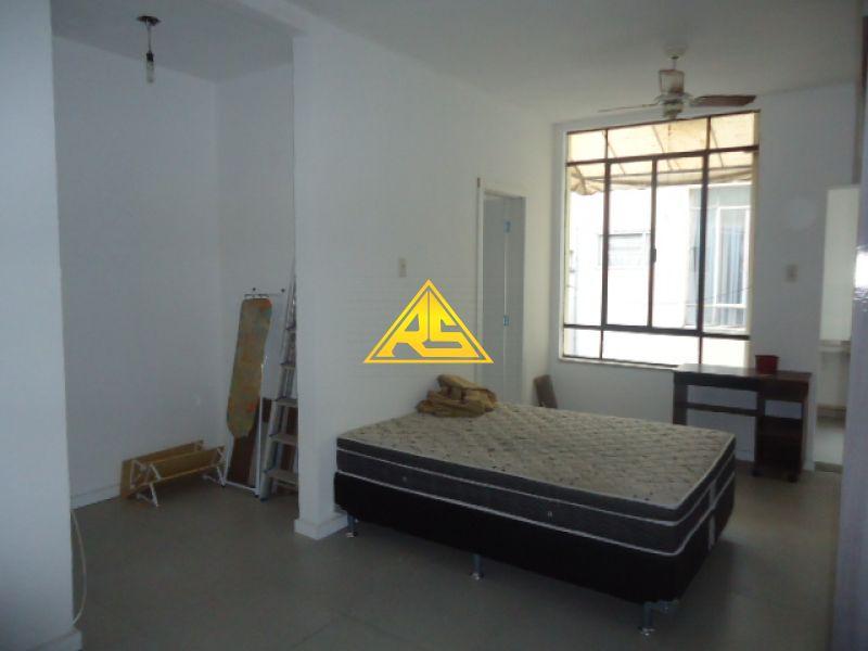 Kit / JK 1 quarto  no bairro BOM FIM em PORTO ALEGRE