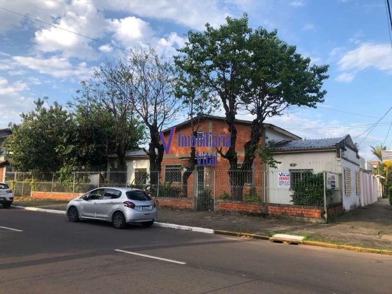 Casa 5 quartos  no bairro NOSSA SENHORA DAS GRACAS em CANOAS